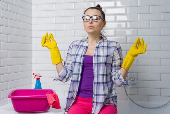 vannitoamööbel puhastusvahend