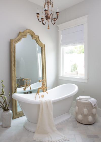 vannitoa dekoratsioonid peegel